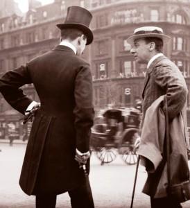 Street-scene-in-London-UK-1904