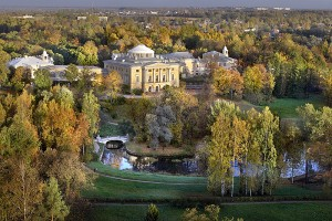 pavlovsk-park-surrounding-the-grand-palace