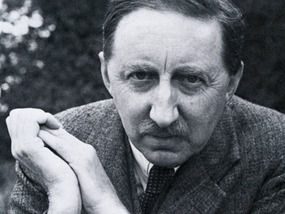 essays on em forster Essay by e m forster olerance 1 how is tolerance practiced in your school e an example 2 how is tolerance practiced in th e world giv e an example t ways do you.