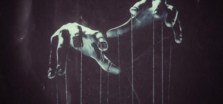 13_sins_puppet_hands_by_slingzy-d7sgcze